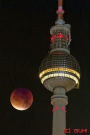 Blutmond und Berliner Fernsehturm