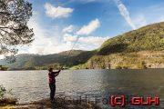 Frau beim Angeln, Norwegen